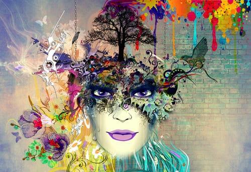 illustration d'une femme maquillée haute en couleur avec des fleurs et des papillons